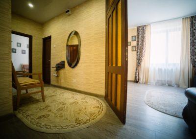 3 комнатный Люкс 1